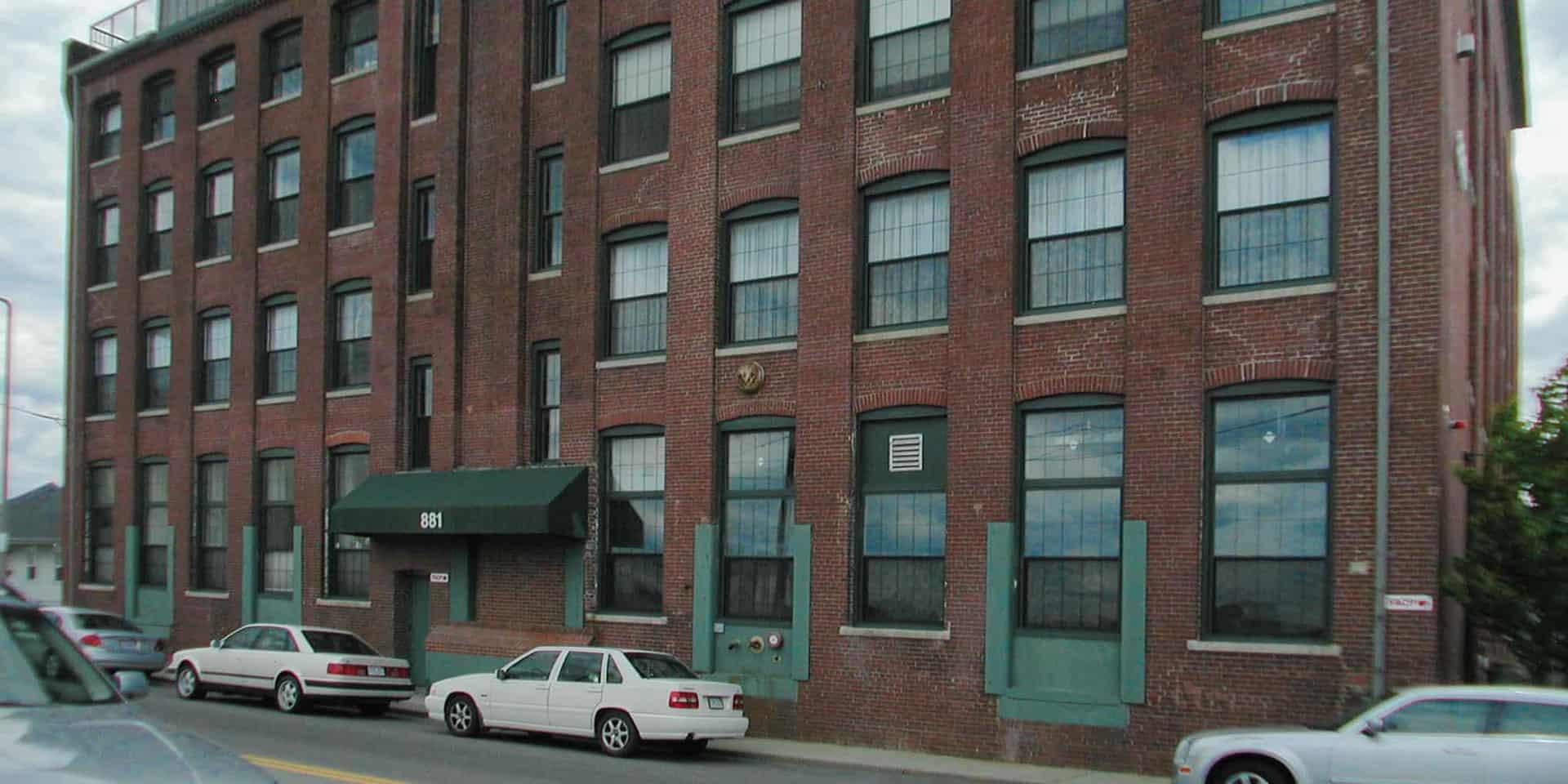 881 East First Street Lofts