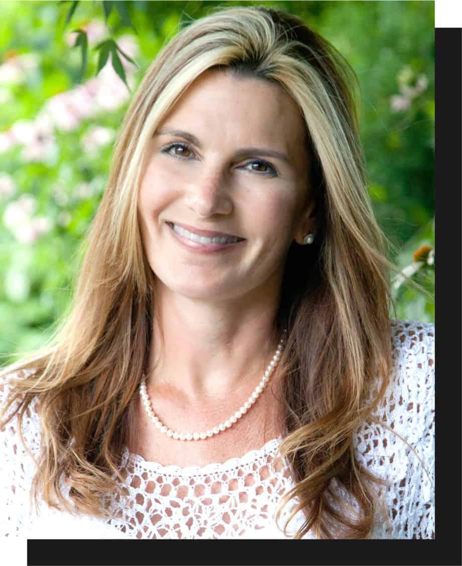 headshot of Kelly Gaitten